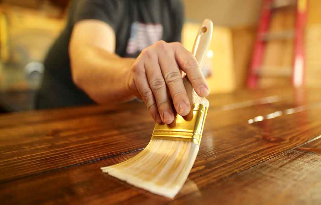 Wood Staining, Oiling And Varnishing